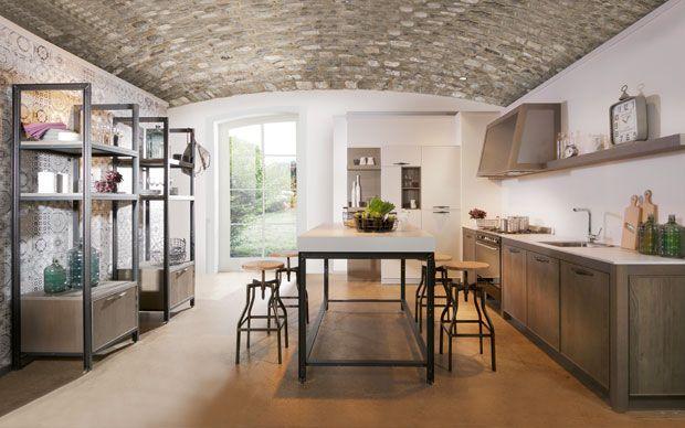 Küche Industrial   Stein Decke Metall Und Holzelemente Industrial Style Fur Die Kuche
