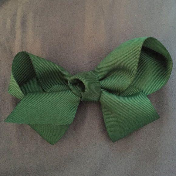 Hunter green hair bow Handmade ribbon hair bow Accessories Hair Accessories