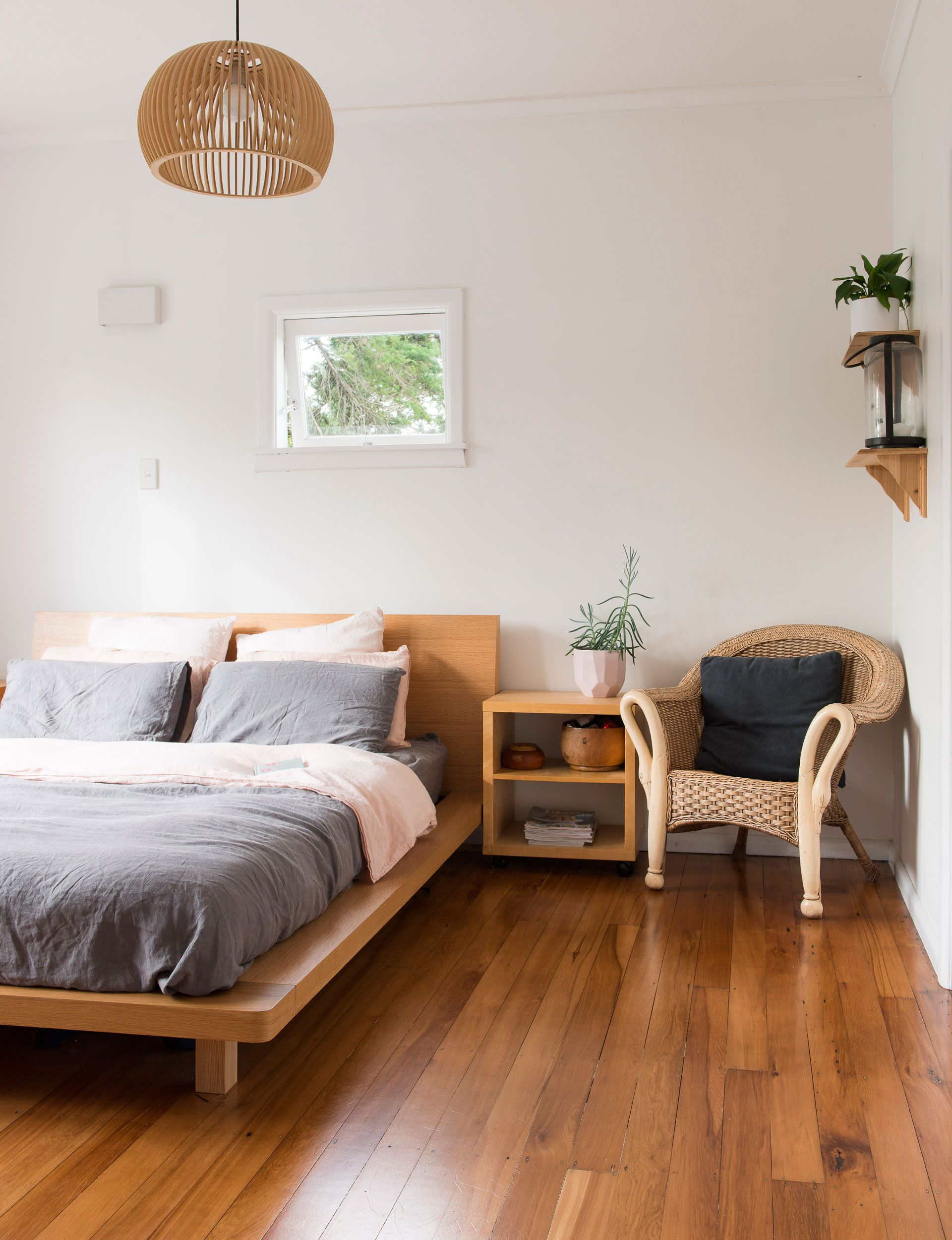 Renovation Rookies Transform A Tired Cottage On Shoestring Budget