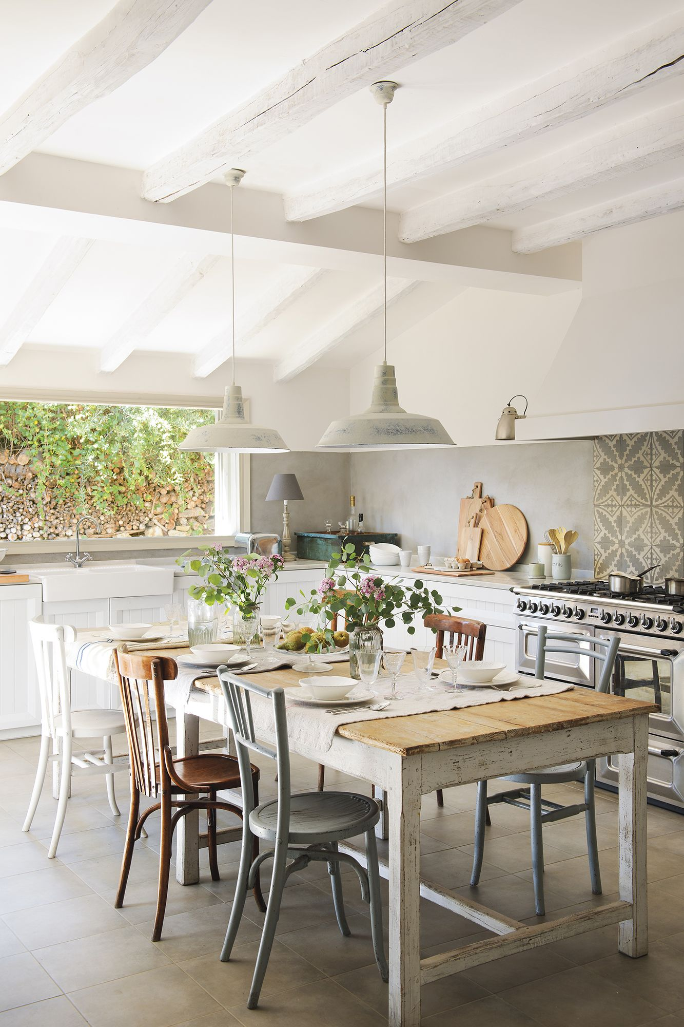 Photo of Une maison des années 50 rénovée en Espagne – PLANETE DECO a homes world