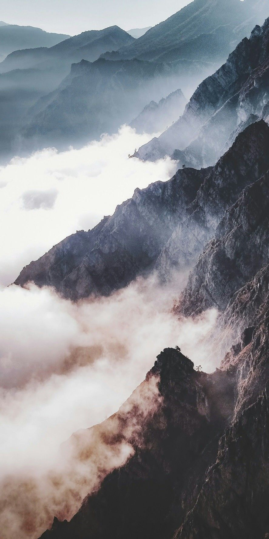 Mist covered mountain range // adventure photography travel photography #landscapepics