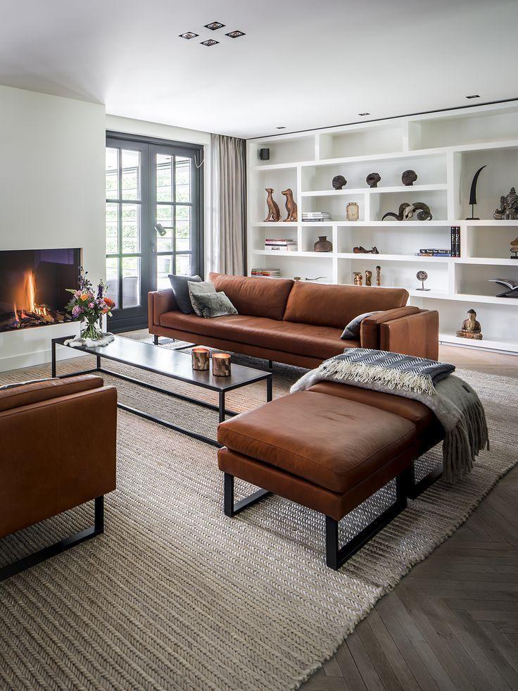 Weißes Einbauregal | Edles Wohnzimmer | Wohnzimmer mit Einbaumöbeln