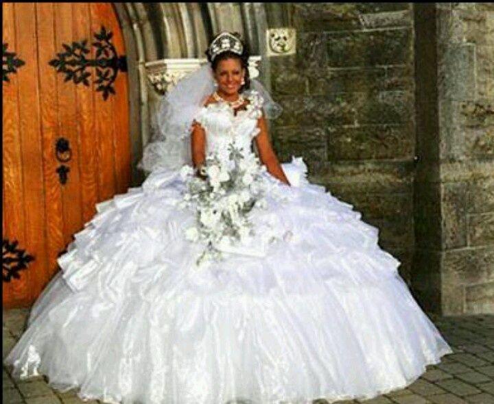 gypsy wedding dress - Google Search | Gotta love Gypsy Girls ...