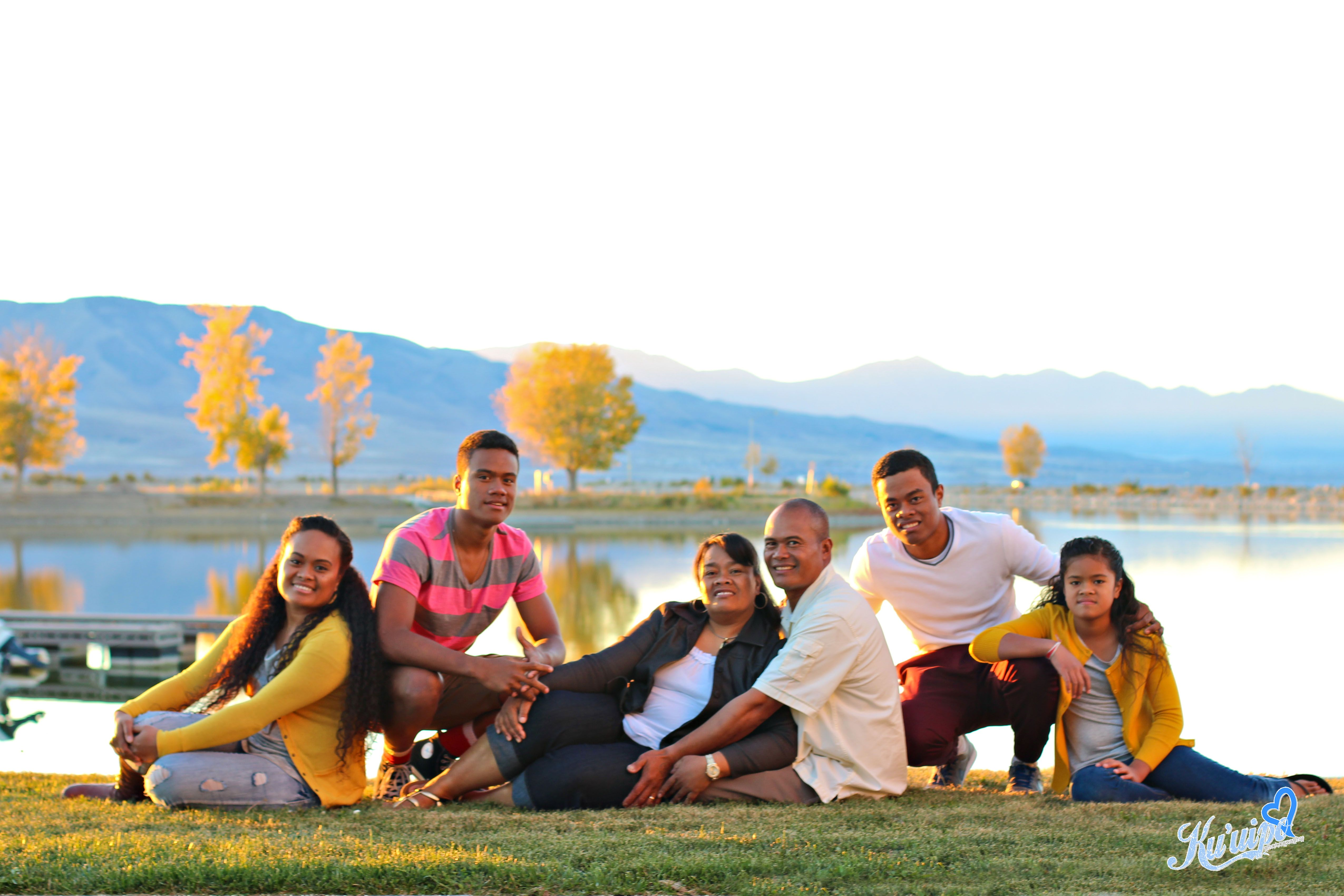 Family of 6 family of 6 posing family of 6 poses older for Family of four photo ideas