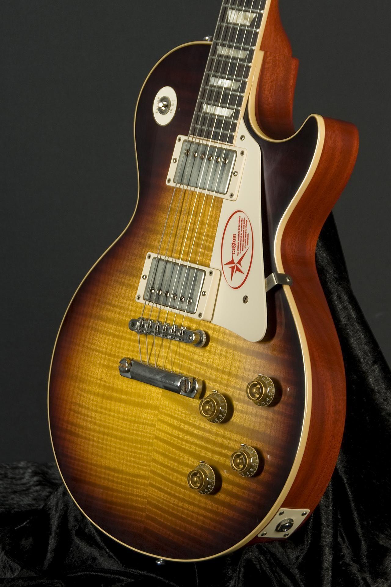 Erkunde Custom gitarren und noch mehr