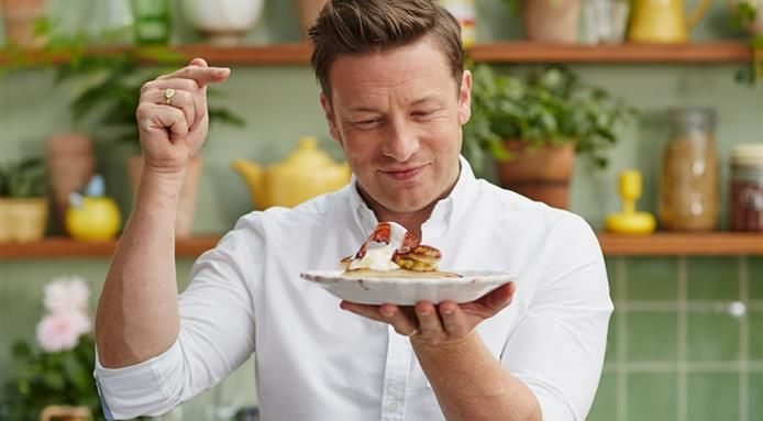 12 of The Richest Chefs in The World Jamie oliver, Jamie