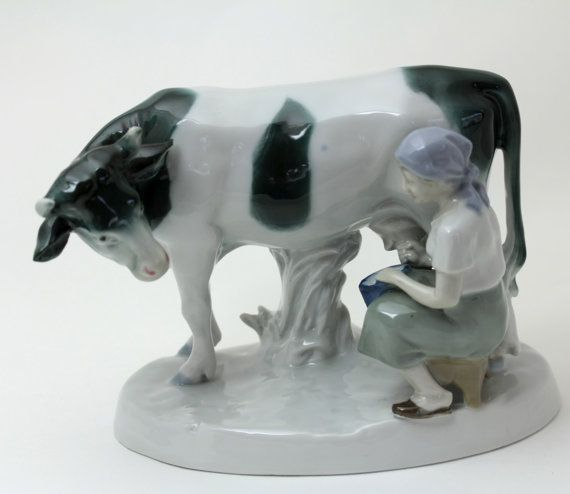 Milkmaid And Dairy Cow Lovely Antique Porcelain Http Www Etsy Com Listing 114678840 Maiden Milking Cow Statue In Porcelain With Images Milk Cow Cow Lovely Antiques