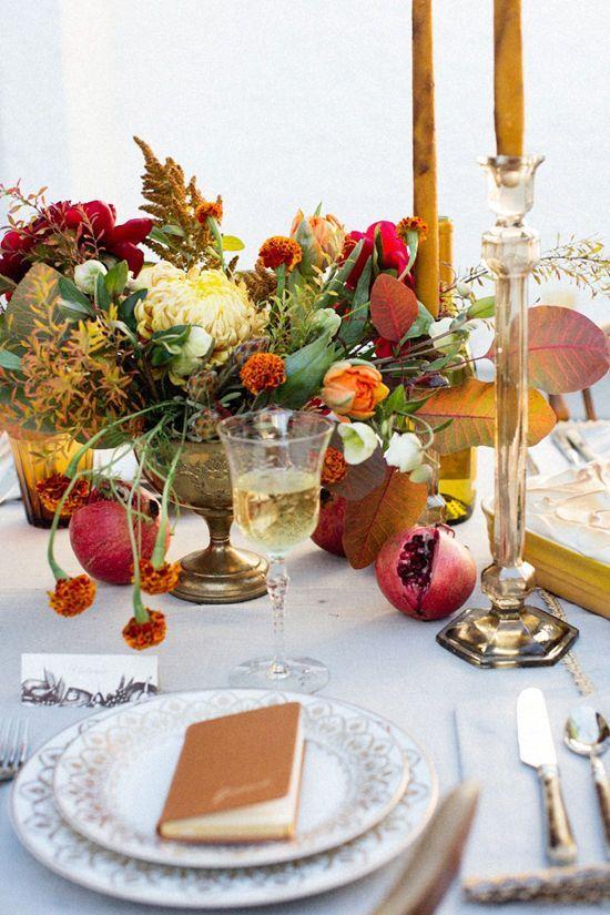 These Beautiful Thanksgiving Table Settings Are Seasonal Eye Candy | Hunker fallflowerarrangements