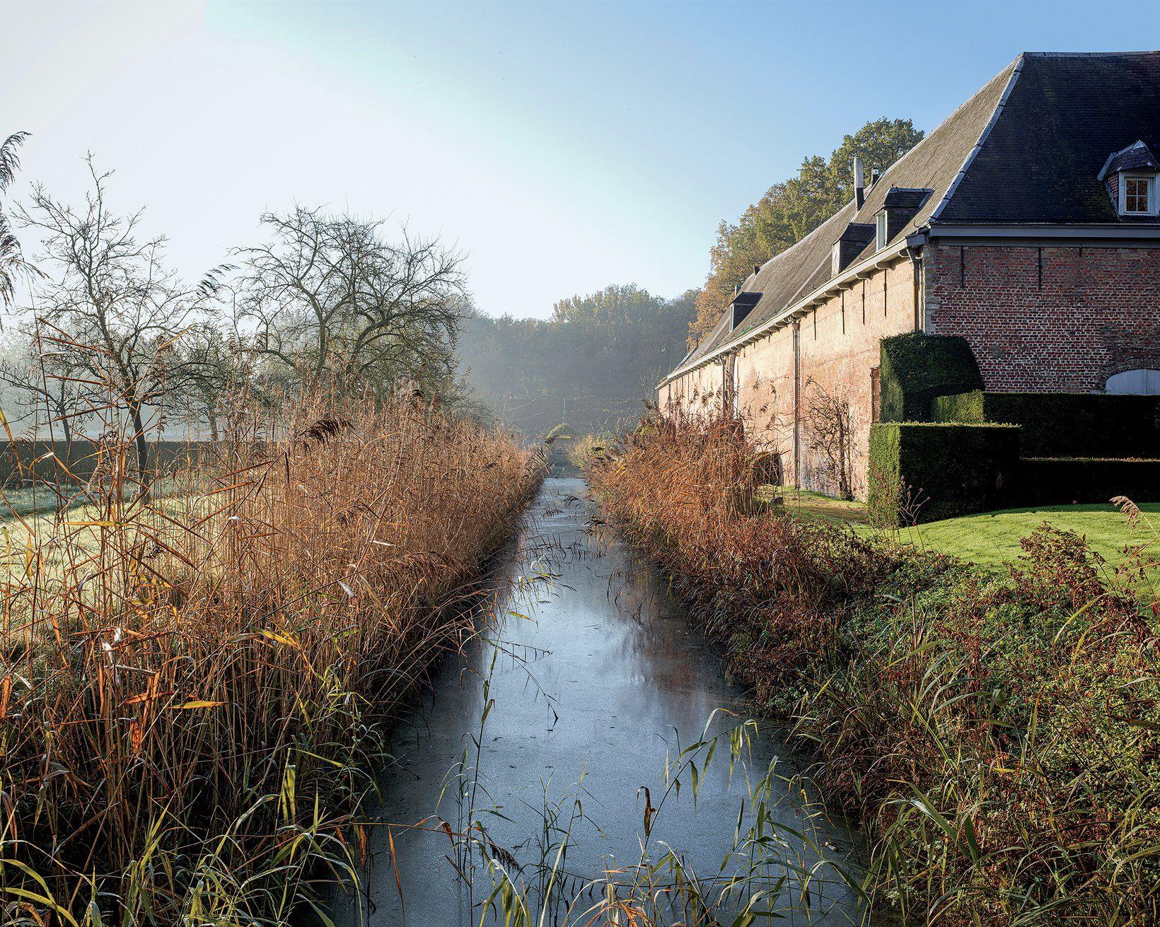 Axel Vervoordt S Castle Kasteel Van S Gravenwezel Beautiful