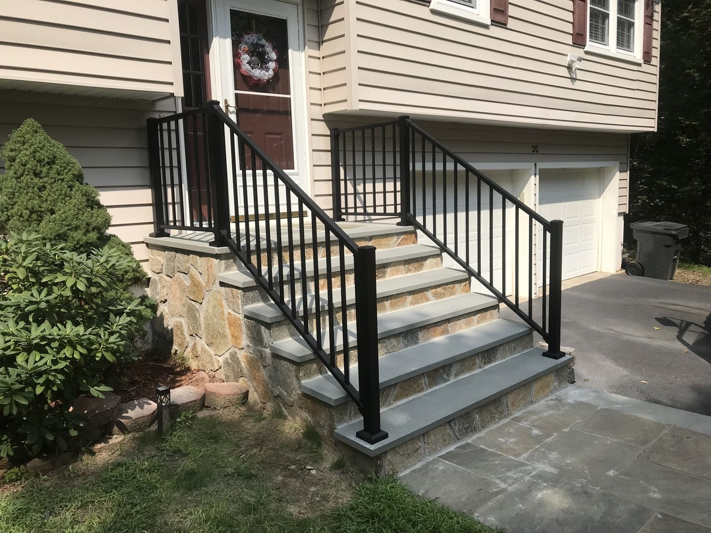 For An Exceptional Aluminum Railing Trex Signature Brings The