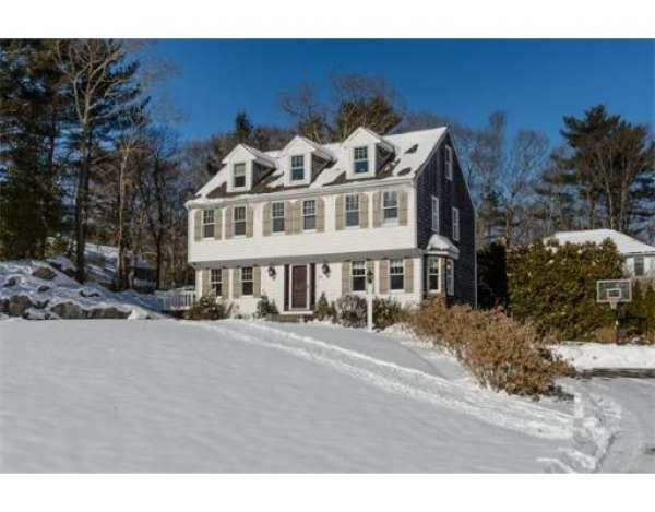 20 Heather Dr Cohasset, MA 02025