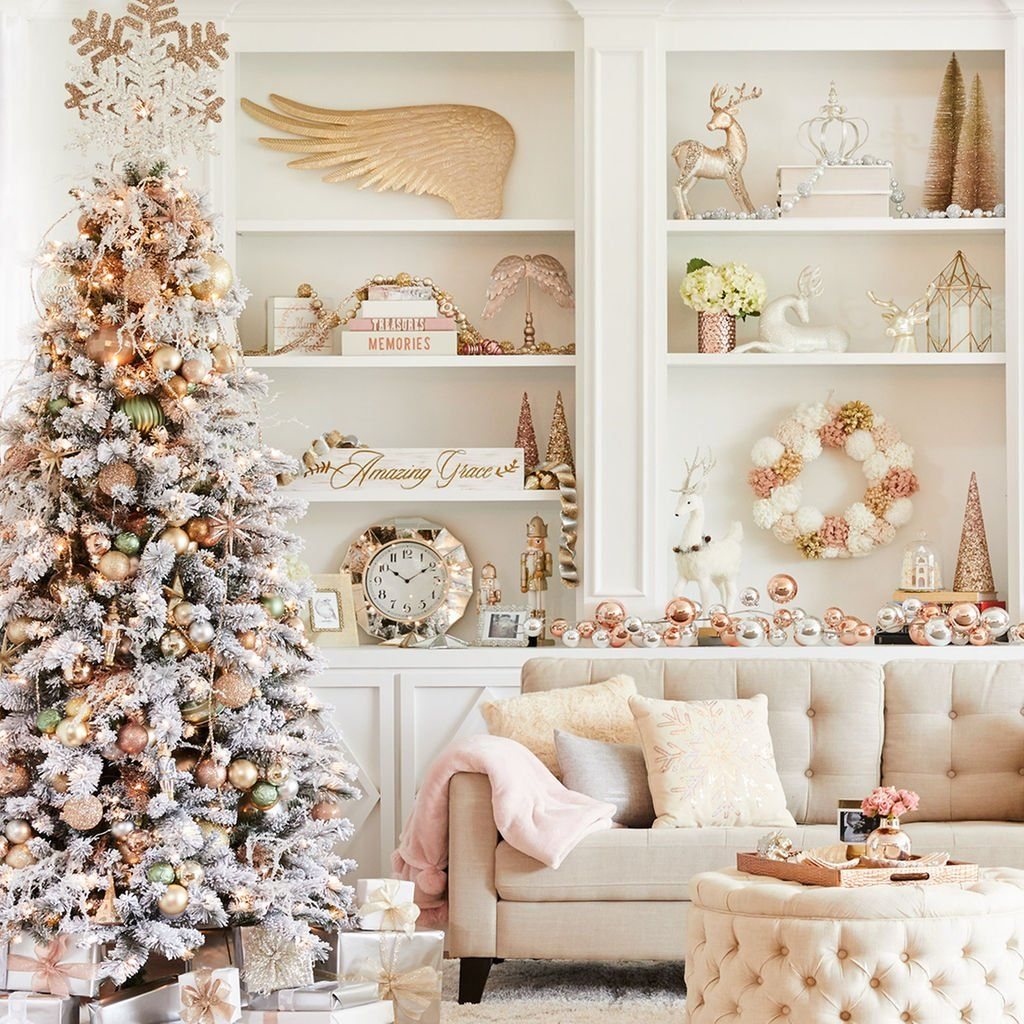This DIY Frosted Forest Christmas Tree is an elegant touch to your ...