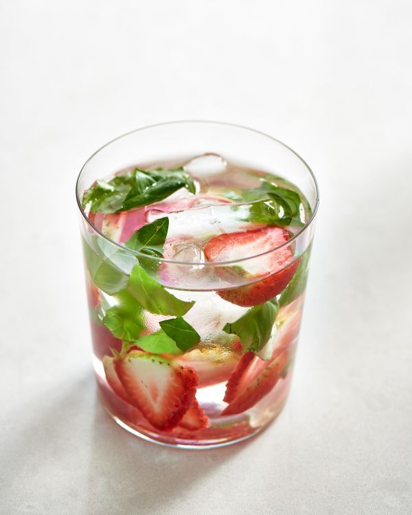 10 Simple Infused Waters That Will Help You Hydrate