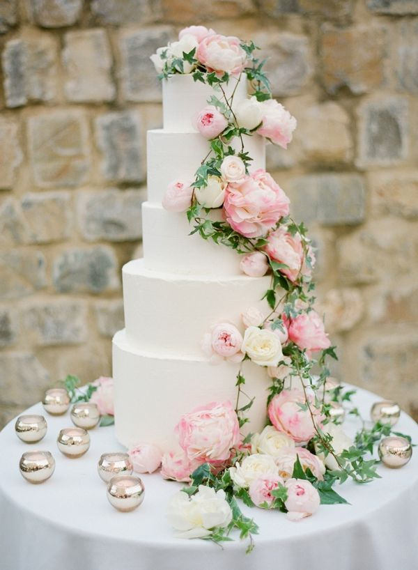 Could There Be Anything More Lovely Than This Cascading Display Of - Peony Wedding Cake