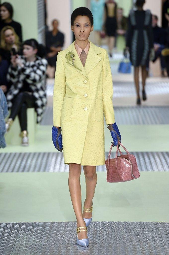 Prada, A-H 15/16 - L'officiel de la mode