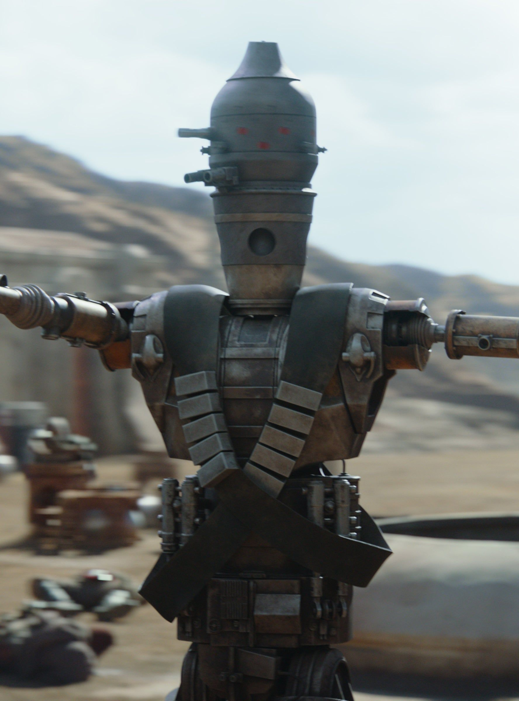 What Is Up With That Droid Twist On The Mandalorian Mandalorian Droids New Star Wars