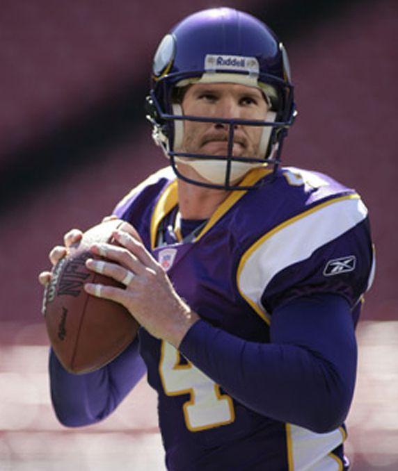 fcb522eb4 ... Pro Bowl NFL Brett Favre Quarterback for the MN.Vikings Football  Club..now retired.