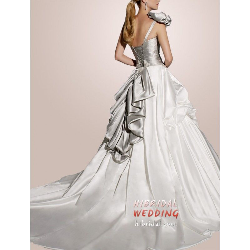 silver wedding dress | Informal Silver and White Renaissance ...
