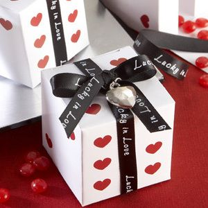 Decorating For Your Las Vegas Wedding Favors Unlimited Bridal Planning Advice Blog