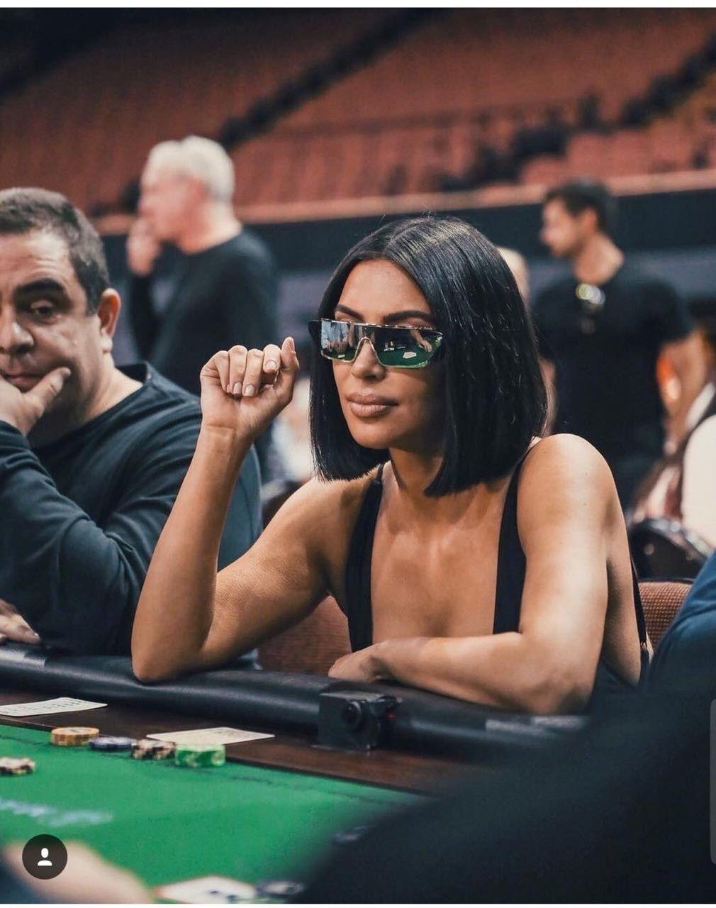 Kim Kardashian Playing Poker : kardashian, playing, poker, Ailsa, Kardashians, Kardashian,, Kanye