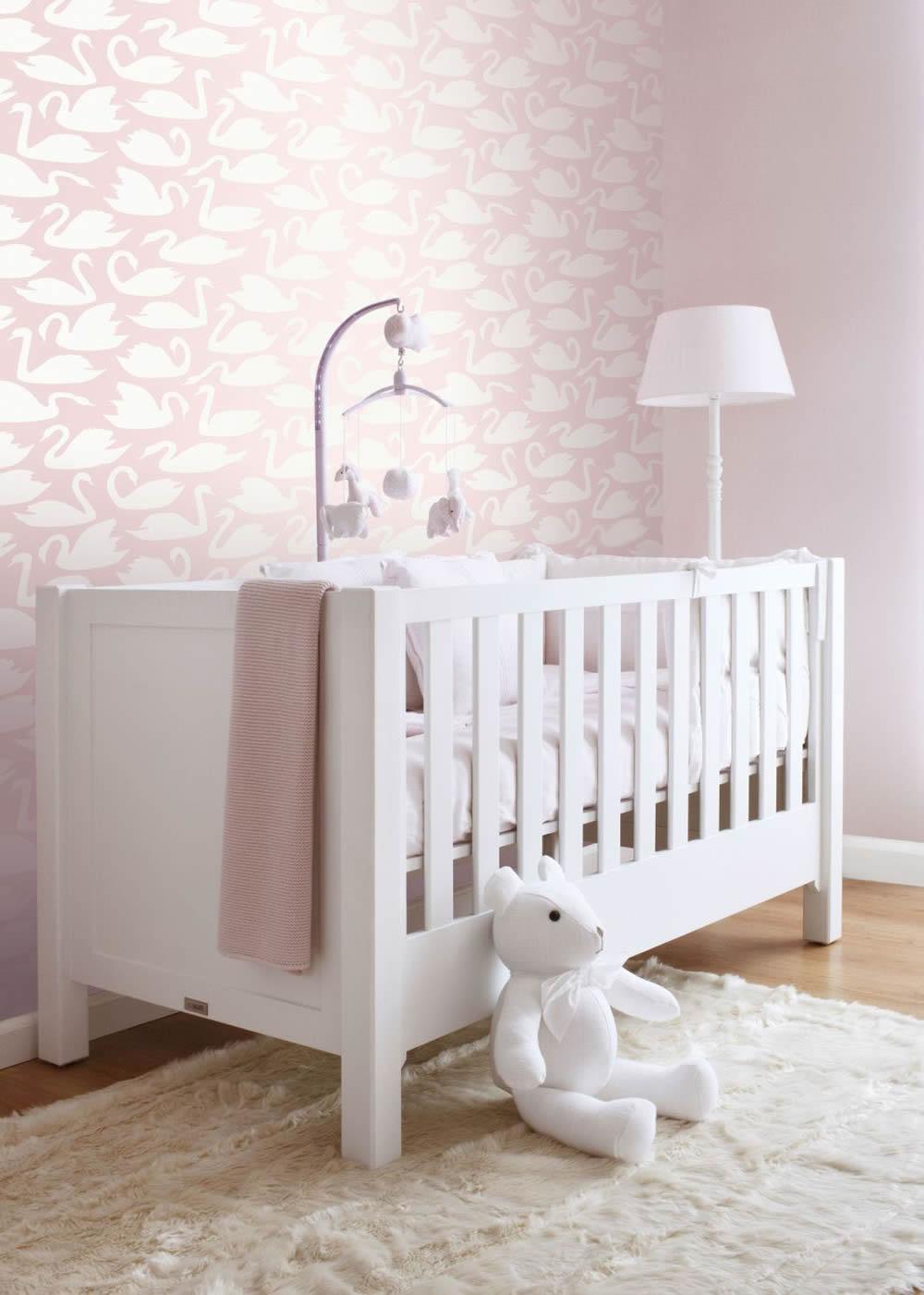 Madchenzimmer Rosa Tiermotive Schwan Weiss Niedlich In 2020 Neutrale Babyzimmer Madchenzimmer Zimmer