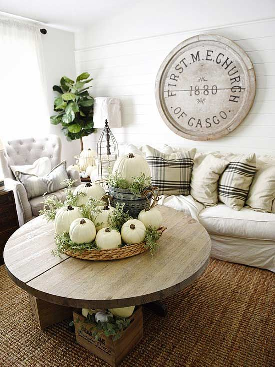 One Of The Best Ways To Incorporate Decorative Fall Touches Is To Feature Natural Elements Fall Living Room Fall Home Decor Decor