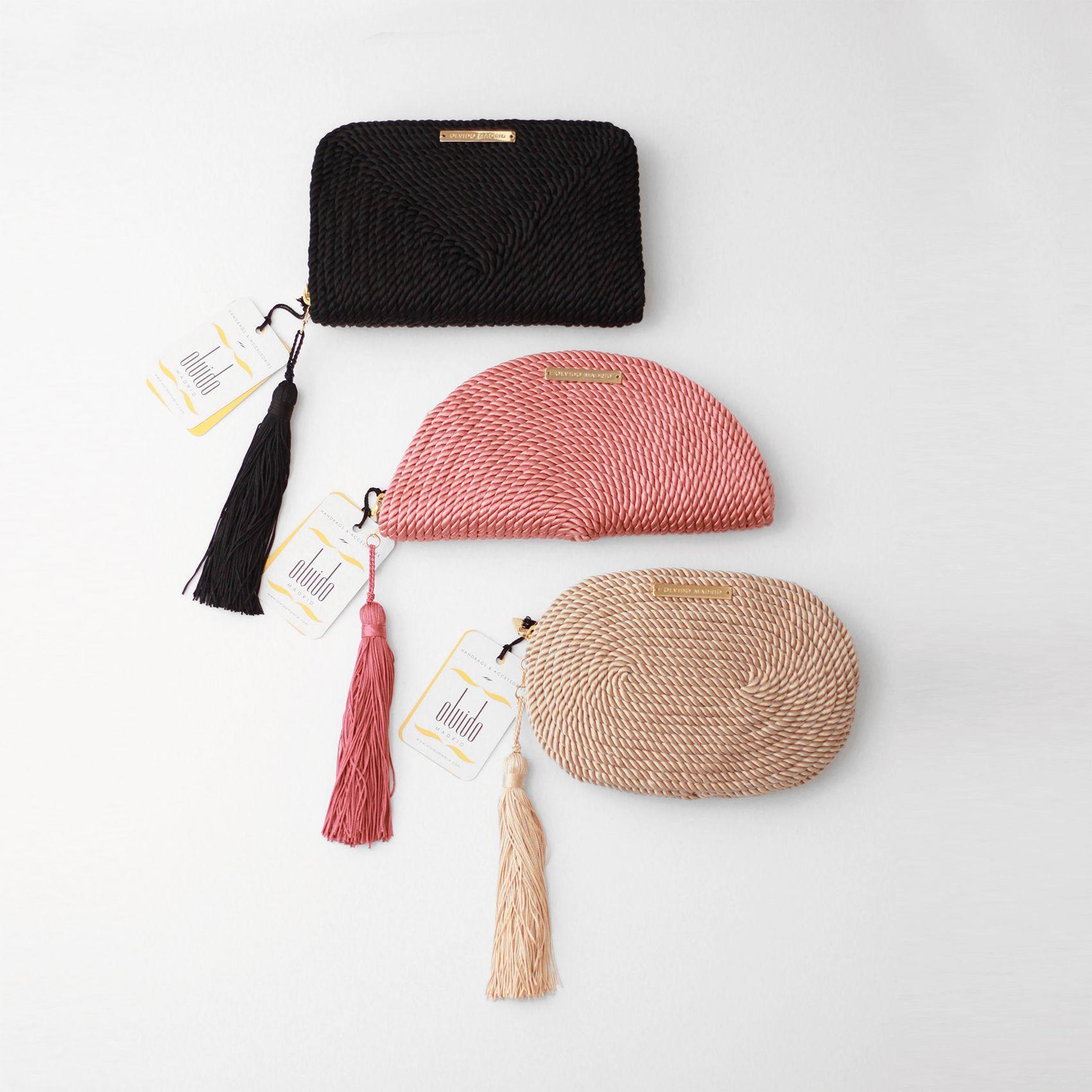 95a746d6a Bolsos de fiesta hecho en cordón de seda | Modelo Jimena en negro, Carmen  en rosa pastel y Antonia en nude | Diseños OLVIDO MADRID |  www.olvidomadrid.es