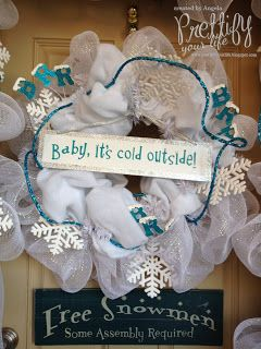 Prettify Your Life: Winter Themed Side Door