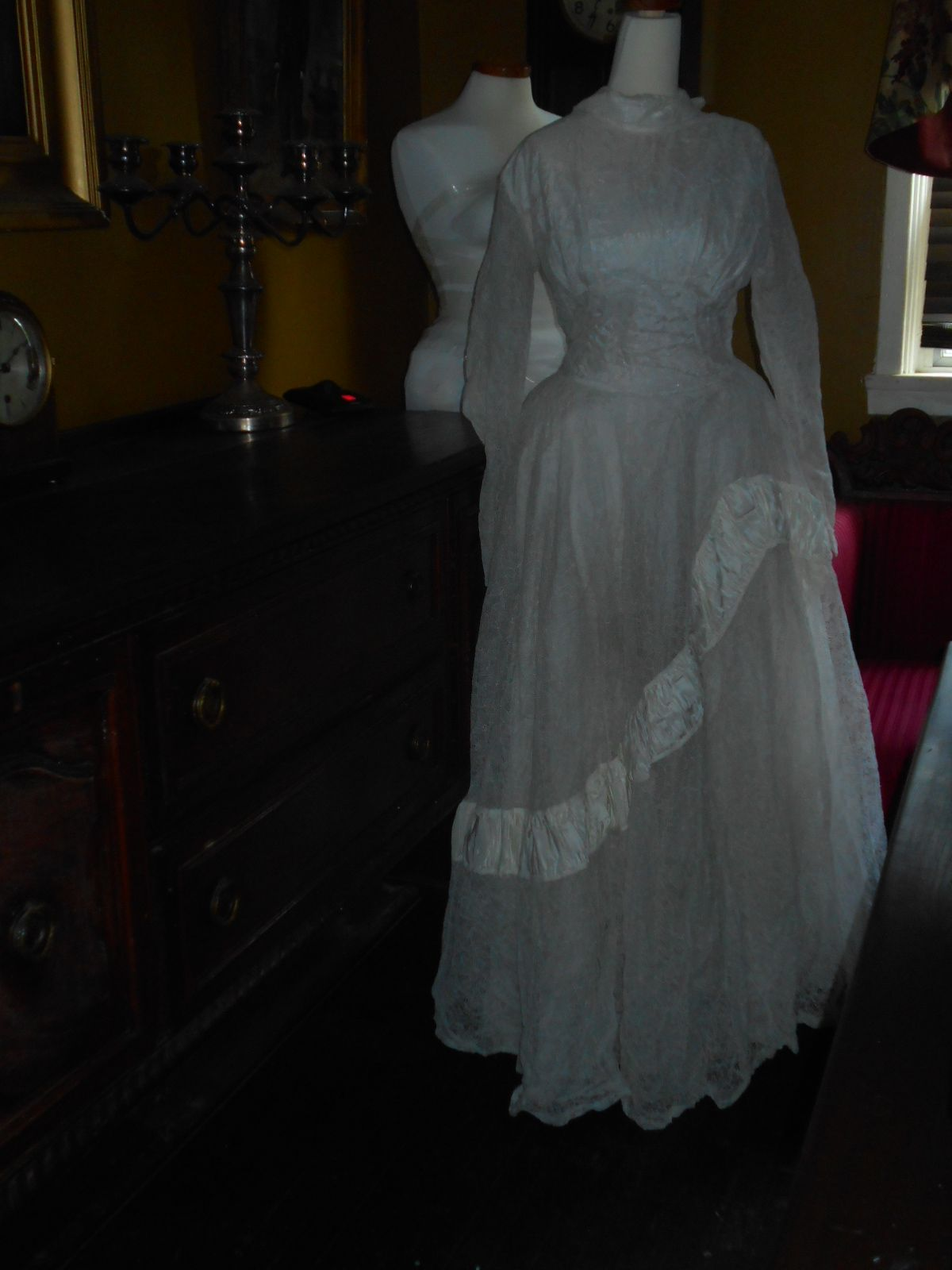 A Victorian wedding dress - haunting | Anything and Everything ...