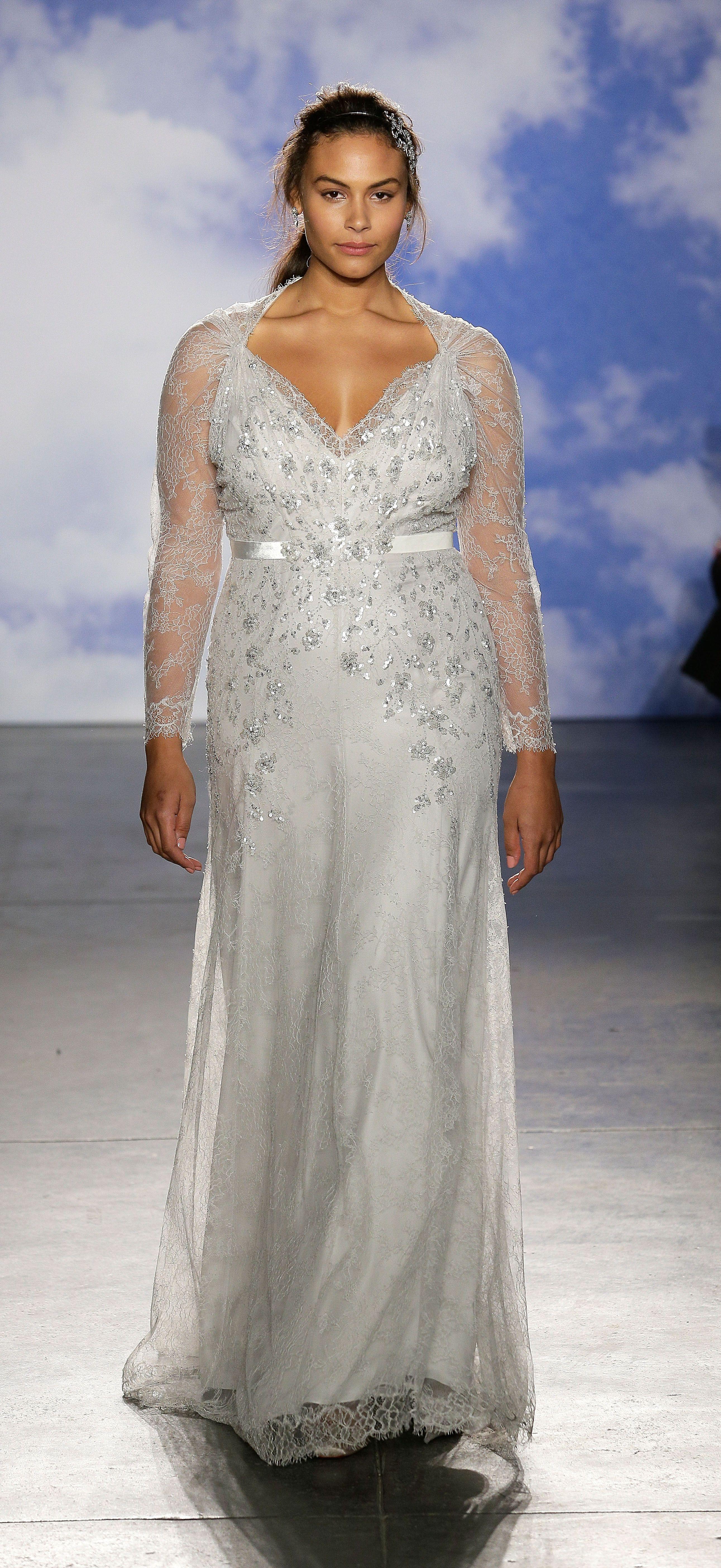 Silver wedding dresses plus size  Jenny Packham Gives PlusSize Brides Some Gorgeous Options  Jenny