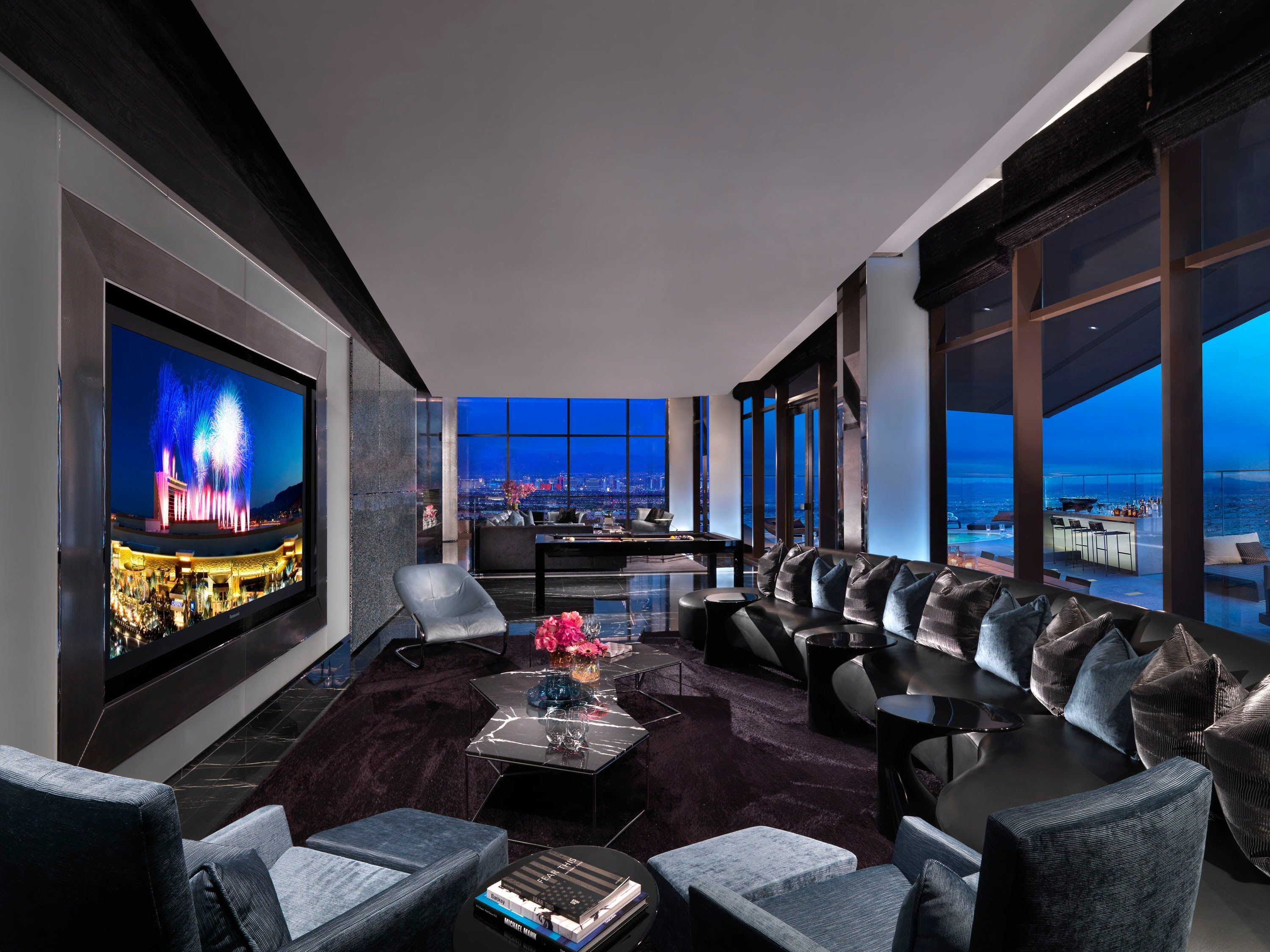 For the ultimate High-Roller - the 180 Suite at the Red Rock Casino ...