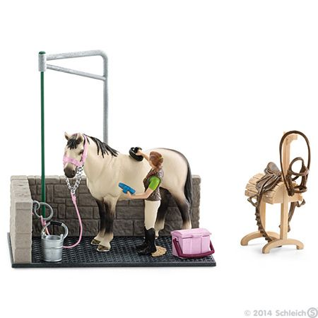 Discover Now The New Horse Stable By Schleich Horse Washing Schleich Horses