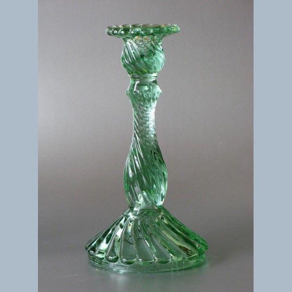 http://www.retro-recherche.nl/1174-1598-thickbox/kandelaars-set-van-2-groen-glas-belgisch-art-deco-jaren-30.jpg