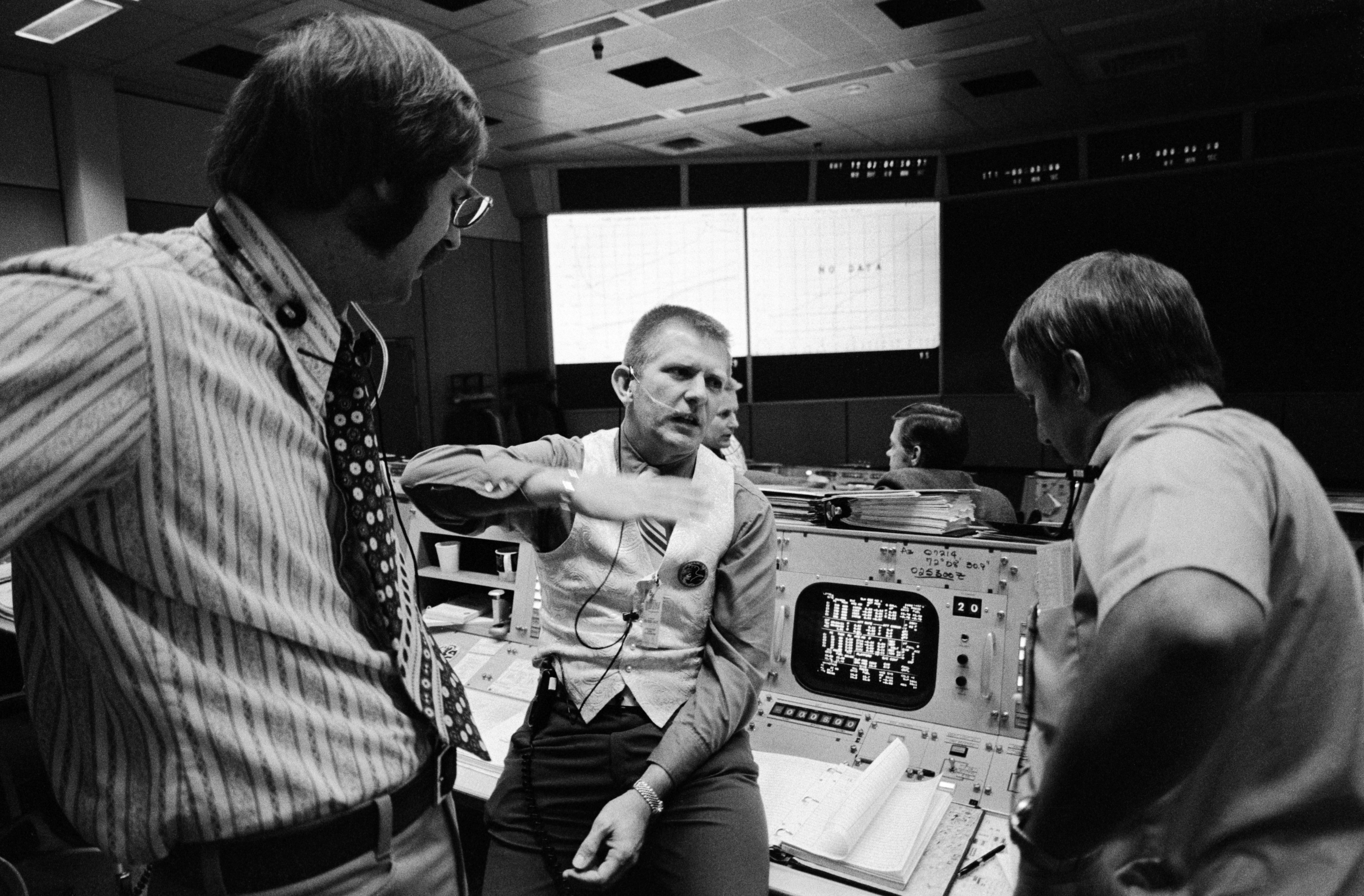 apollo mission control google search nasa apollo apollo mission control google search