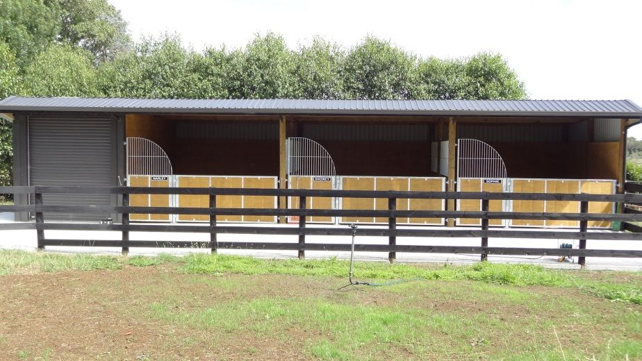 Horse Stables, easy and simple | Barns  | Horse shelter, Horse