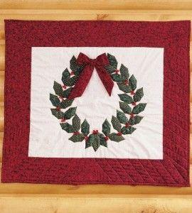Holly Wreath Mini Quilt | Christmas Crafts | Quilting Crafts ... : quilting for christmas magazine - Adamdwight.com