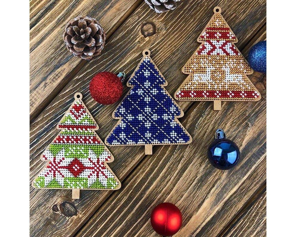 Diy Christmas Tree Toy Kit Xmas Tree Beading Embroidery Bead Etsy Christmas Tree Toy Christmas Diy Xmas Tree