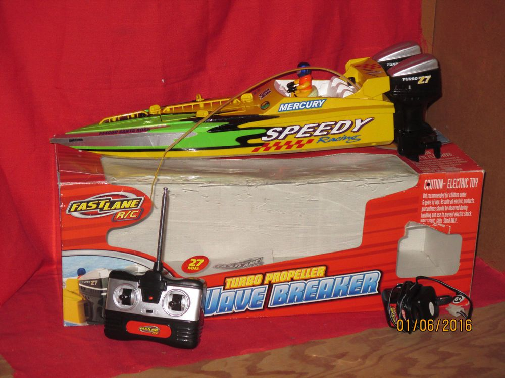 Fast Lane R C Boat Wave Breaker Remote Control RC (With