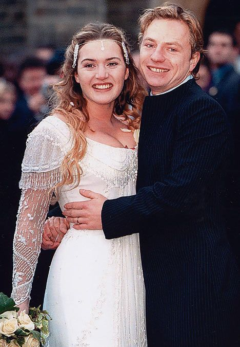 Kate Winslet Jim Threapleton On Their Wedding Day 1998 Celebrity Weddings Celebrity Wedding Photos Celebrity Bride