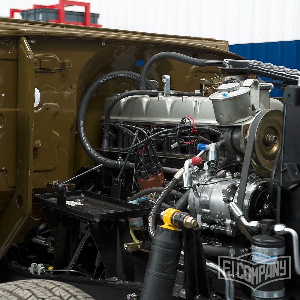 2f engine with air conditioning toyota land cruiser fj40 [ 1000 x 1000 Pixel ]