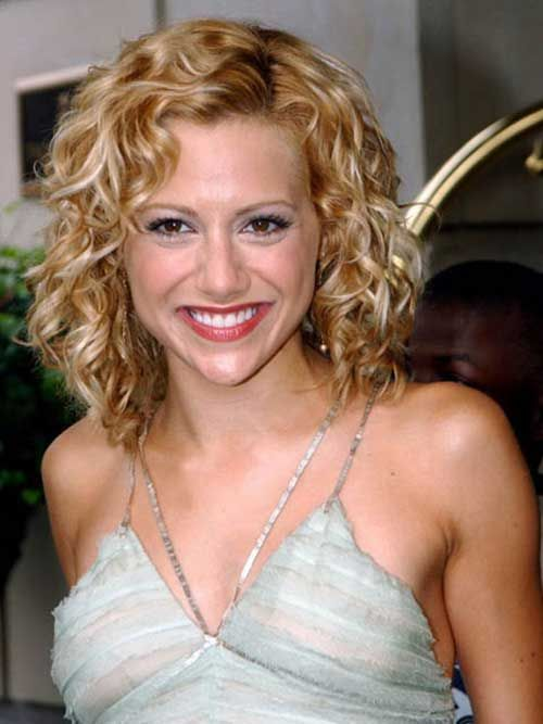 6.-Hairstyle-for-Short-Curly-Hair   Short curly hair