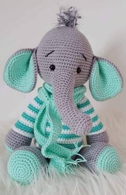 Amigurumi Crochet Elephant Pattern | Supergurumi | 677x438