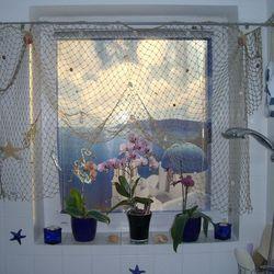 Rollo Mit Einem Maritimen Motiv Fur Das Fenster Im Badezimmer Idee Bilder Lamellen Vorhang