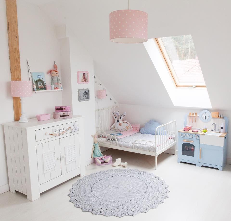 Wundervolle Kinderzimmer Tischlampe Und Hangelampe Aus Der Kollektion Lovely Dots Pink Kinder Zimmer Kinderzimmer Tischlampen