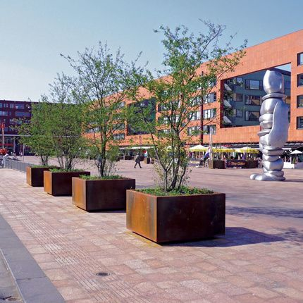 streetlife shrubtubs square corten these high volume planters are suitable for shrubs or multi. Black Bedroom Furniture Sets. Home Design Ideas