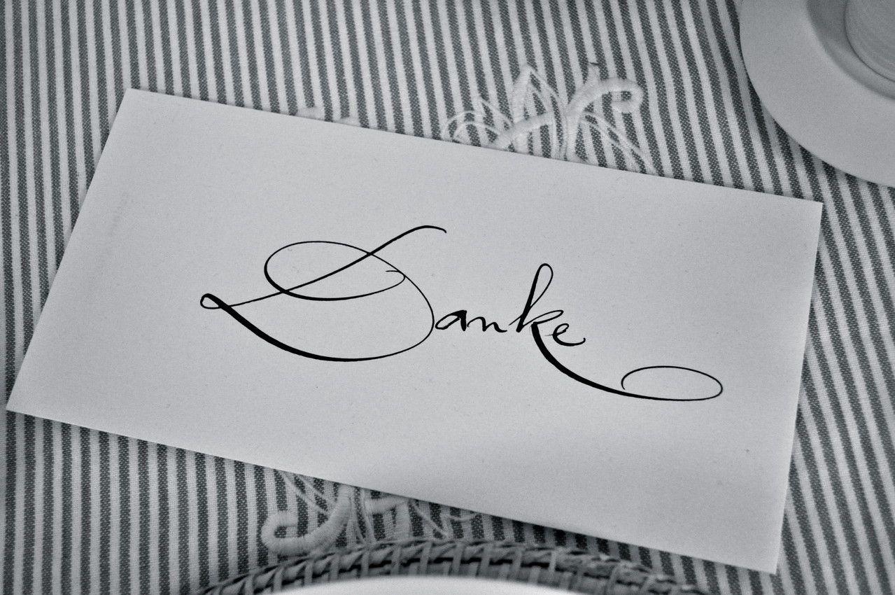 Kalligraphie von Einladungen, Tischkarten, Menuekarten, Ahnentafeln ...