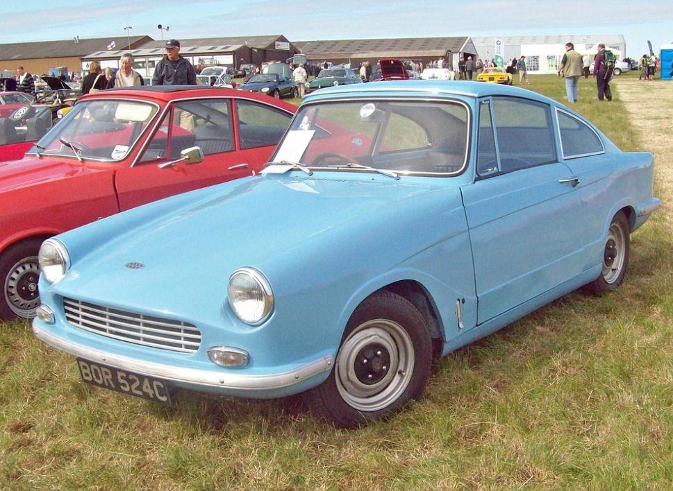 1965 Bond Equipe GT4.The Bond Equipe was an English 2+2 sports car ...