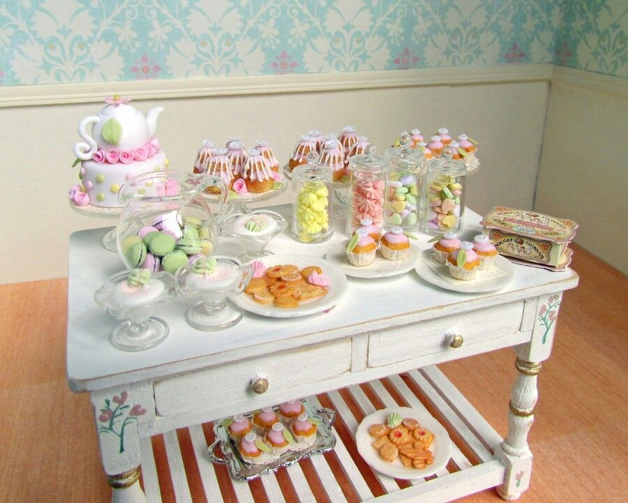 Polymer clay- sweets table