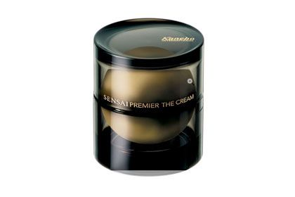 The 12 Most Outrageously Expensive Skin Care Creams Expensive Skin Care Products Skin Brightening Cream Products Face Cream