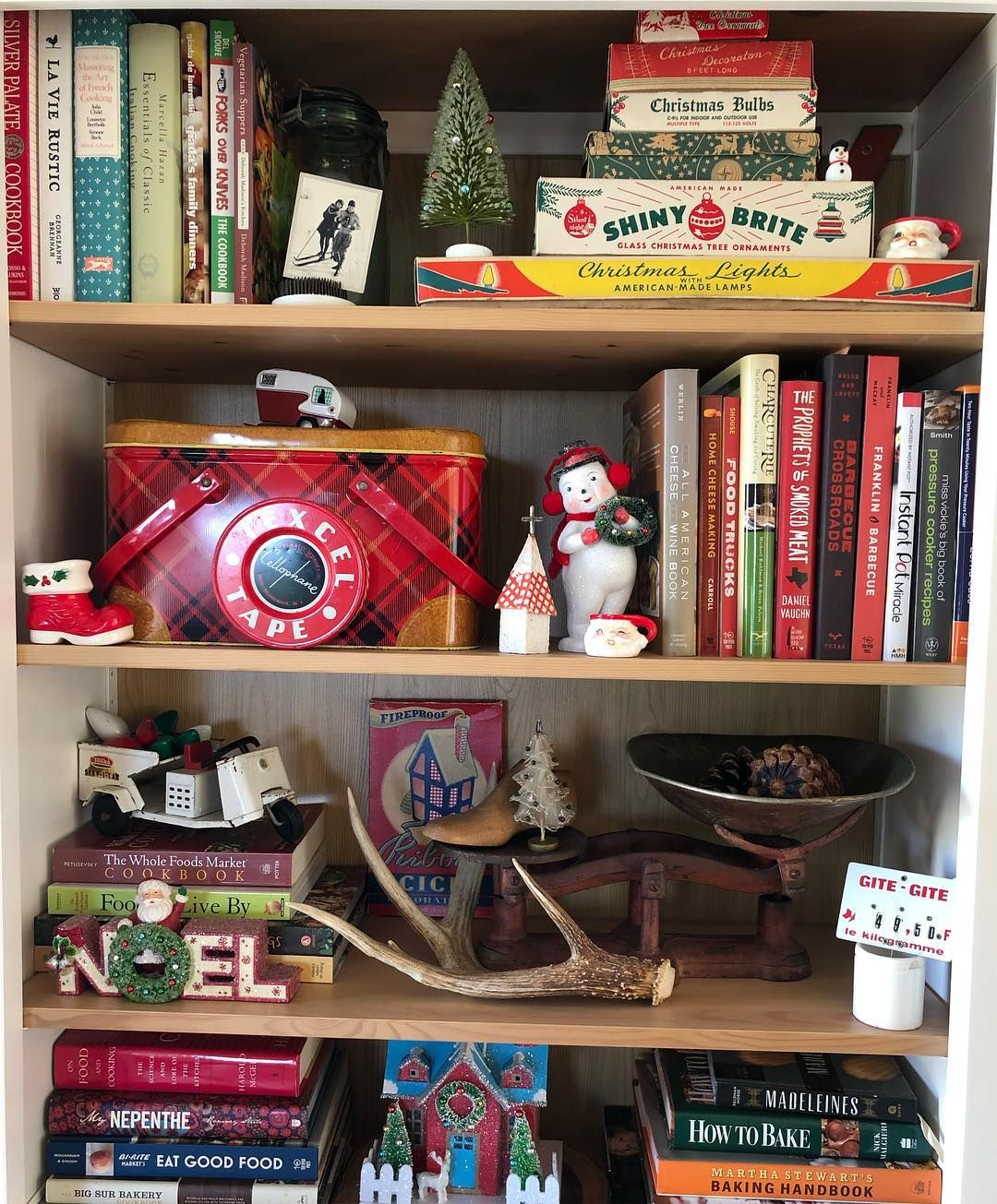 Christy Gervase On Instagram It S Getting Festive Up In Here Christmas In The House Vintagech Flea Market Decorating Vintage Christmas Flea Market Style